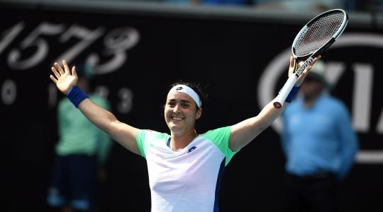 Australian Open. Барти с боями проходит Риск, чудо Гауф подошло к завершению - изображение 3