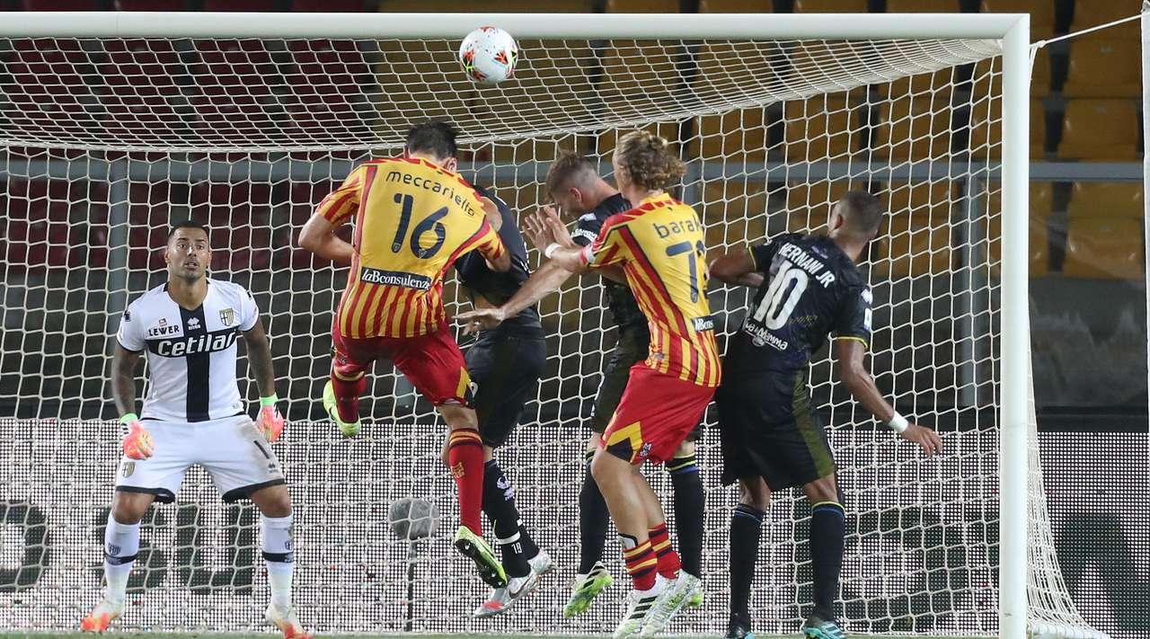 Biagio Meccariello puso el 2-2 parcial entre Lecce y Parma.