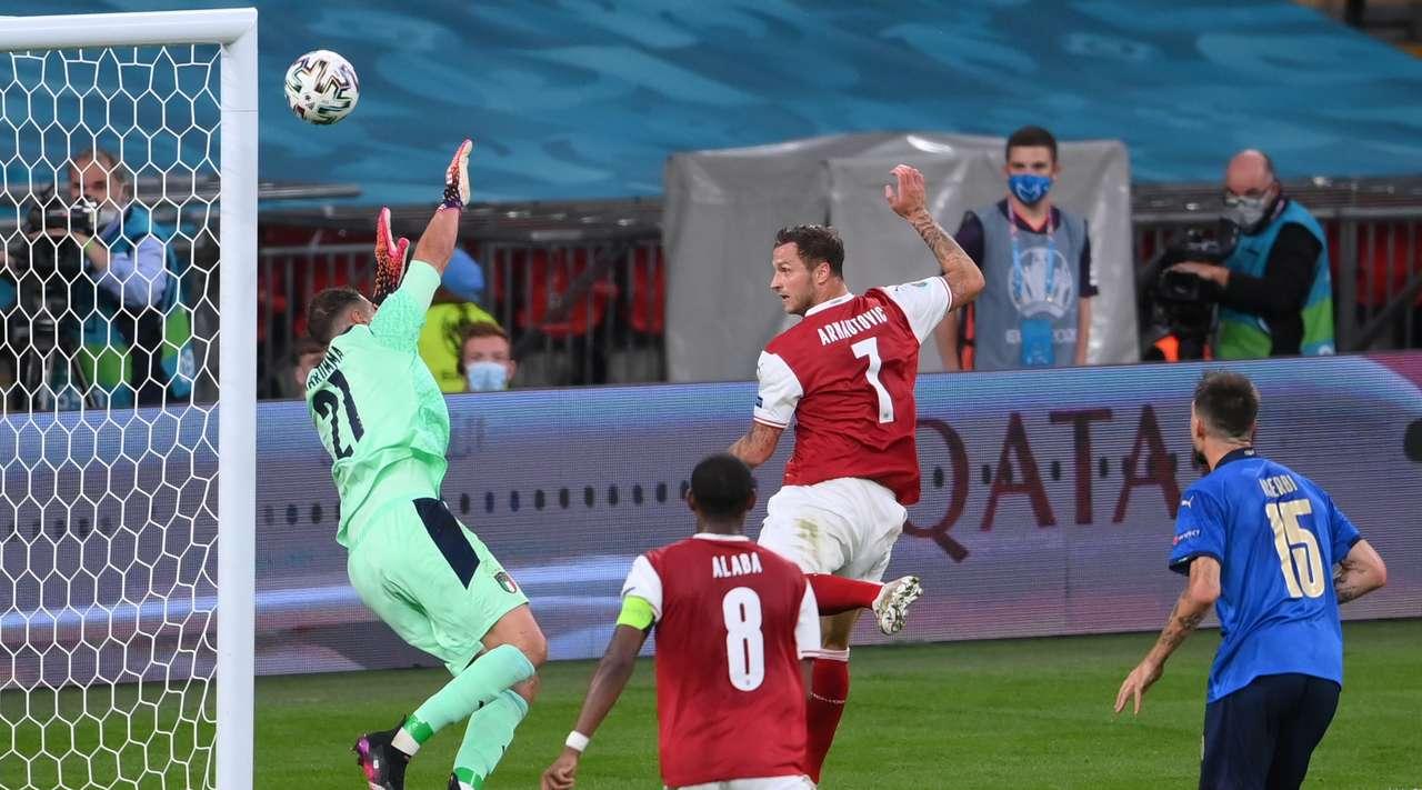 Italy vs Austria Highlights & Full Match 26 June 2021