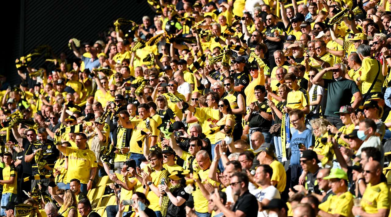 Borussia Dortmund vs Eintracht Frankfurt Highlights & Report 14 August 2021